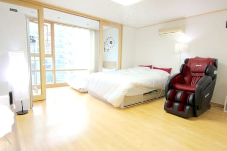 My room is the perfect place to take a rest in  the heart of business in Seoul. Electronic MASSAGE CHAIR, automatic DRY CLEANER and SMART LIGHT can easily change the mood of your room. It's just near the subway and the riverside park.
