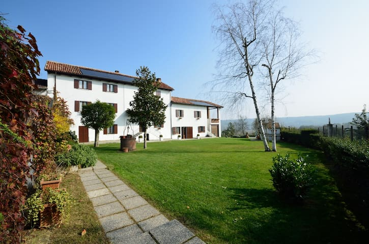 Monferrato Country House Bettonica - Castelnuovo Belbo - Villa