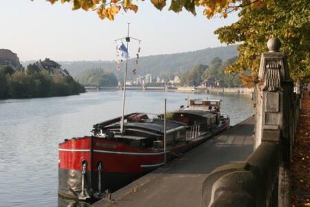 Péniche aménagée pour 10 personnes - Namur