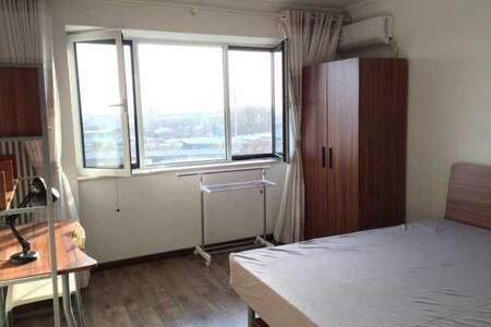 高档小区管理,精装私密空间,温馨舒适大床房,感受旅行中家的味道 !