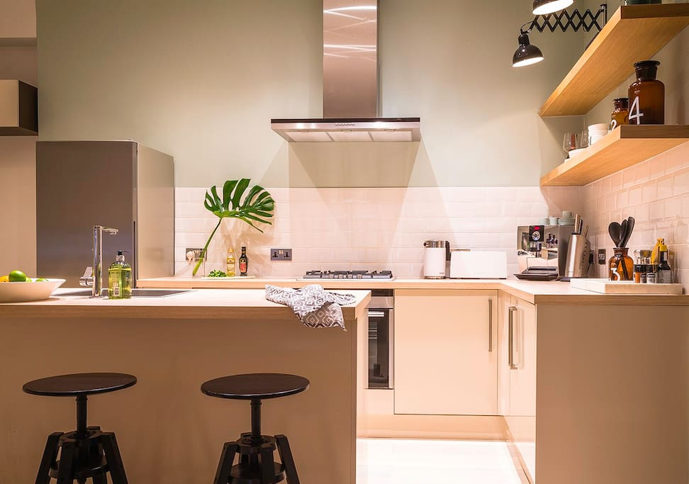 The charming New York style kitchen is equipped with high quality appliances, espresso machine, kettle, toaster and everything else you can possibly need for your stay!
