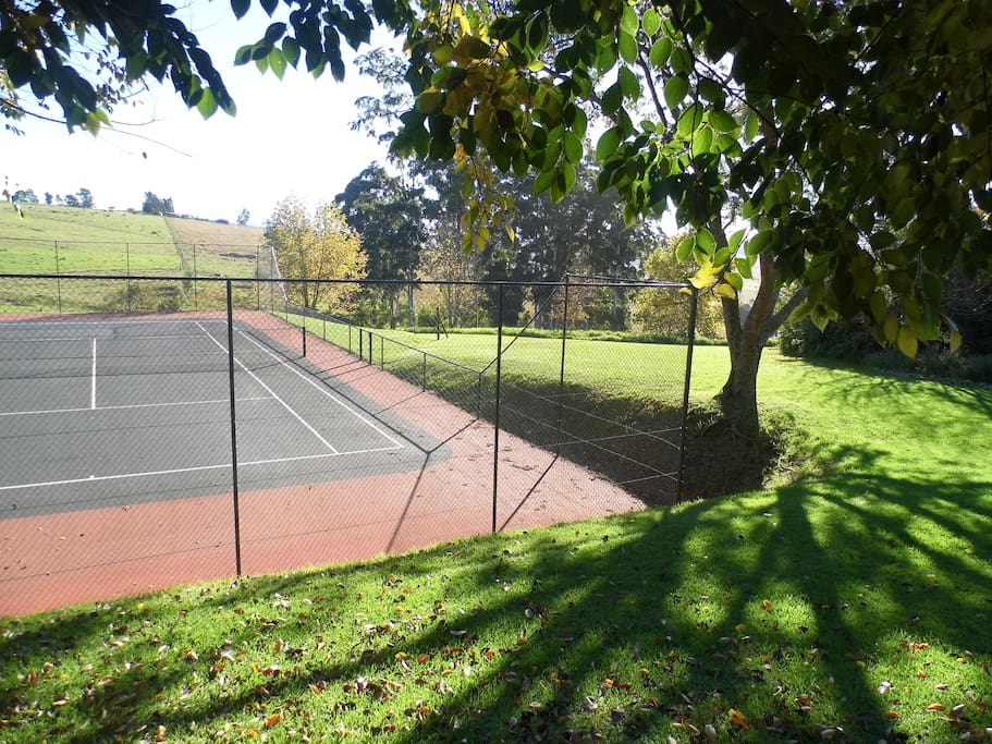 This tennis court is used by Guests at Cedarwood and the owners of the property only.
