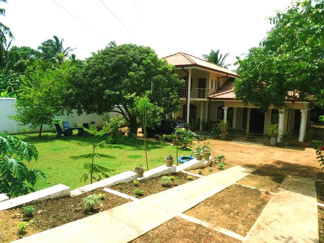 Sunway Holiday Resort - Polonnaruwa - Bed & Breakfast