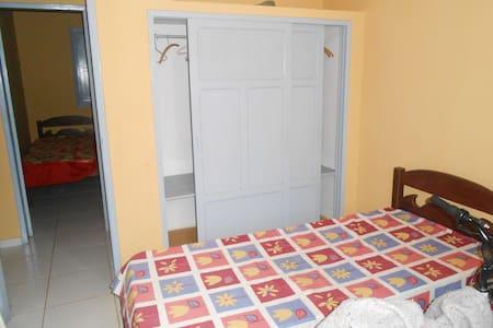 Casa em Iriri, mun. de Anchieta, ES - Anchieta
