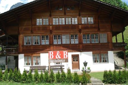 B&B Chalet Stockhorn - Erlenbach im Simmental