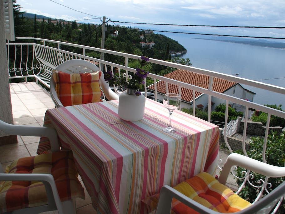 Balcony with seaview