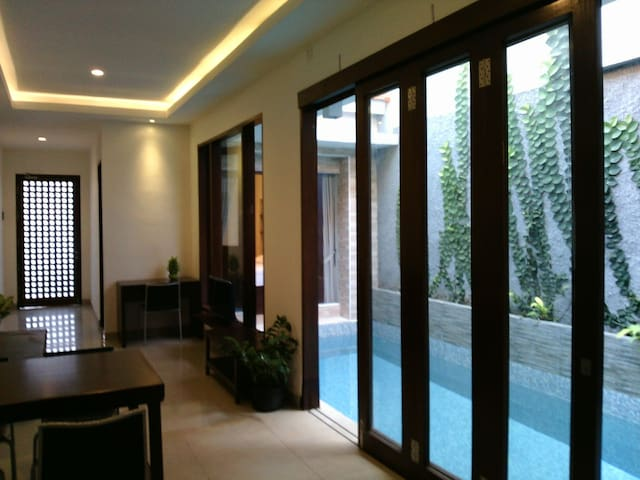 3 bedroom house Kuta D'HOUSE