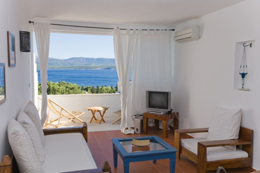 Wake up with the smell of the sea... And enjoy the magnificent view from your balcony!