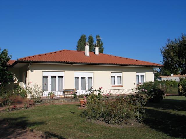 Maison de campagne 5 km des plages - Bénesse-Maremne - House