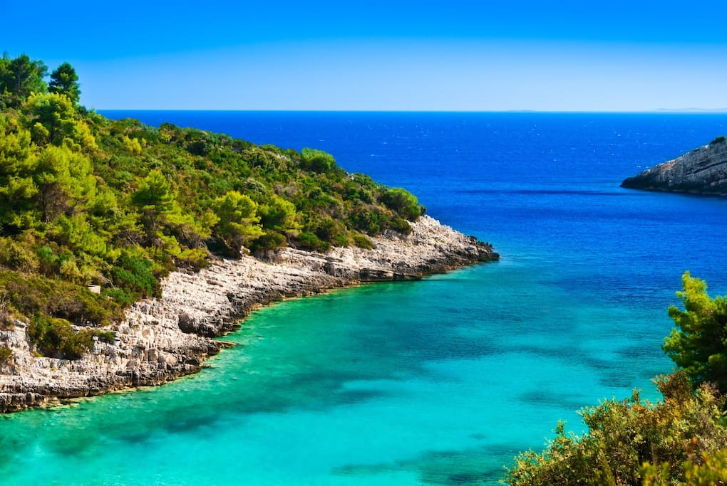 Turquoise colours of the sea...