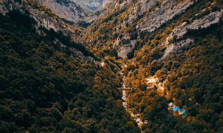 Pont d'en Valenti - Mountain Retreat