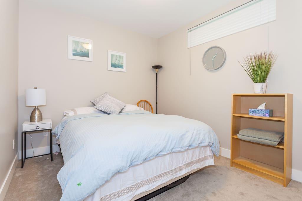 Elegant 2 Bedroom Home In Renfrew Collingwood Guest Suites For Rent In Vancouver British