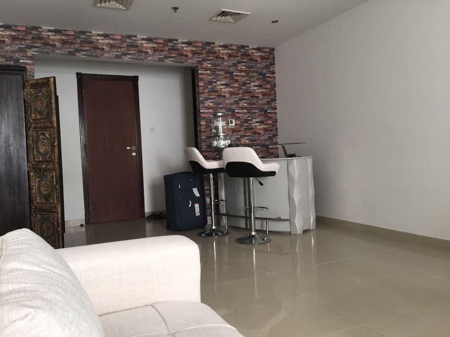 Small apartment in sharjah apartments for rent in for Zetapark small room for rent