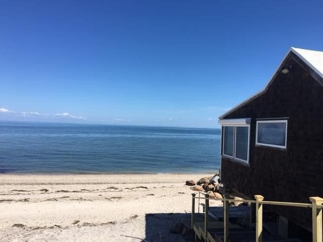 1BR Beach house walk to Vineyards 5 min Hamptons - Calverton - Ev