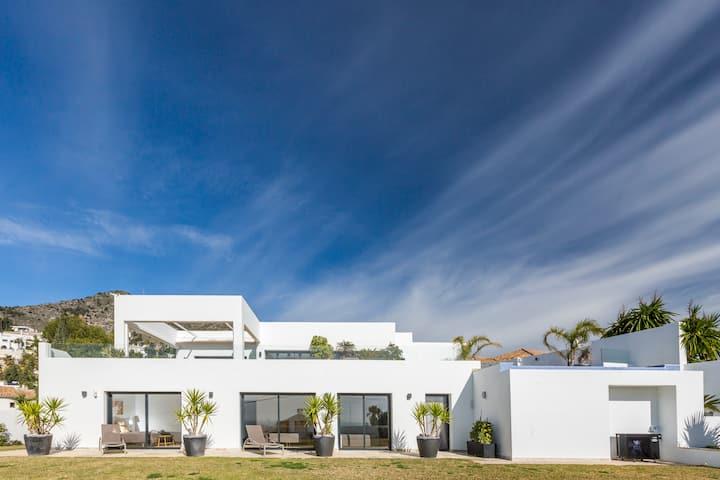 Villa Hafnia pure luxury
