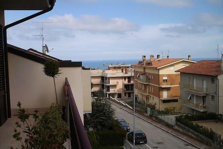 APPARTAMENTO SPAZIOSO E LUMINOSO - Campofilone - Apartment
