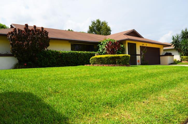3BR/2BA House in West Palm Beach - Royal Palm Beach - Ev