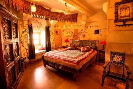 Heritage Classical Room inside Jaisalmer Fort - 贾沙梅尔