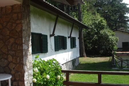 Villa con giardino sul Monte Faito - Vico Equense