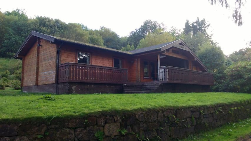 3 bedroom Lodge on Loch Awe - Dalmally, Argyll - Houten huisje