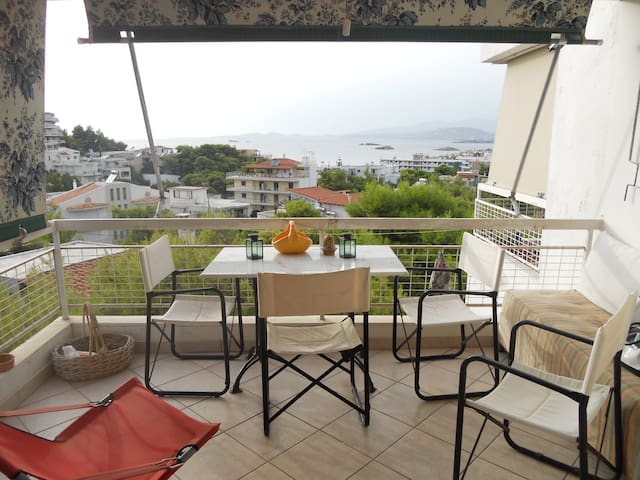 Cozy apartment with sea view! - Saronida - Flat