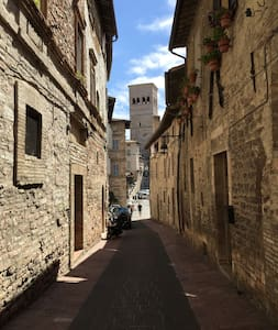 """Il Campanile"" - downtown house - Assisi - Apartment"