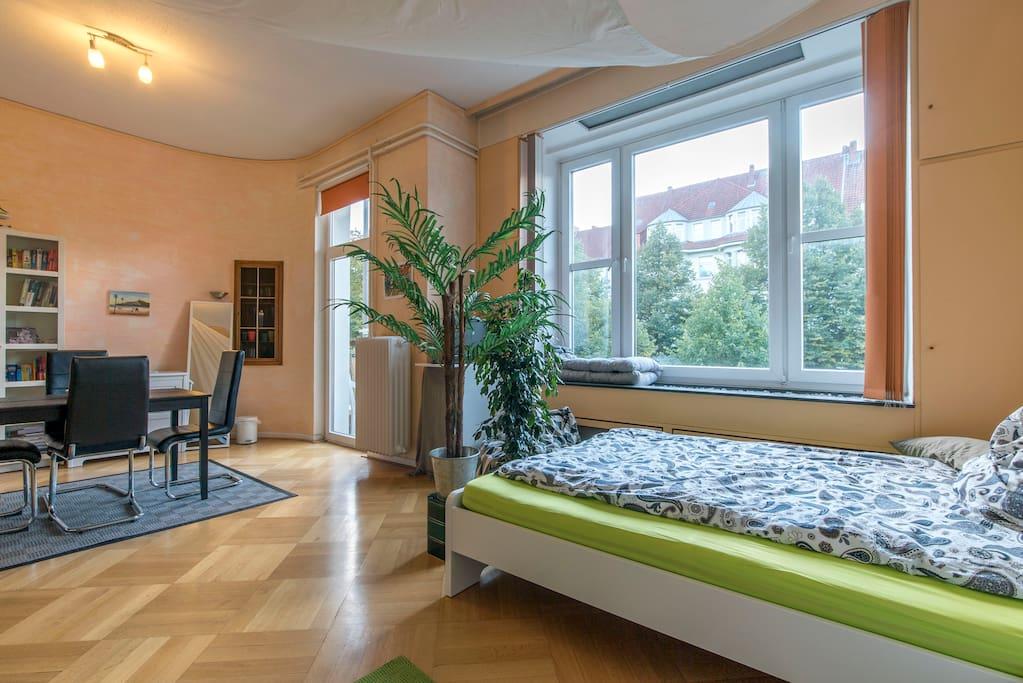 wk1 zimmer f r maximal 4 personen wohnungen zur miete in hannover niedersachsen deutschland. Black Bedroom Furniture Sets. Home Design Ideas