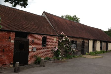 The Stables cosy barn conversion - Fareham