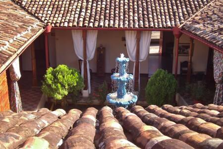Guesthouse Corredores del Castillo