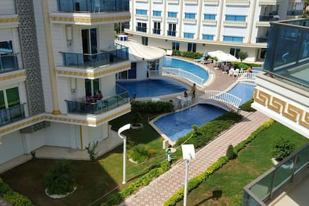 MELDA PALACE LUX CLASS- rooms 2+1
