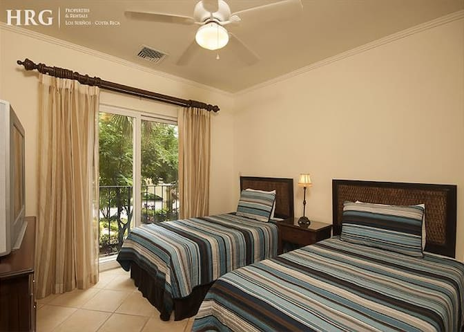 Two twin beds bedroom.
