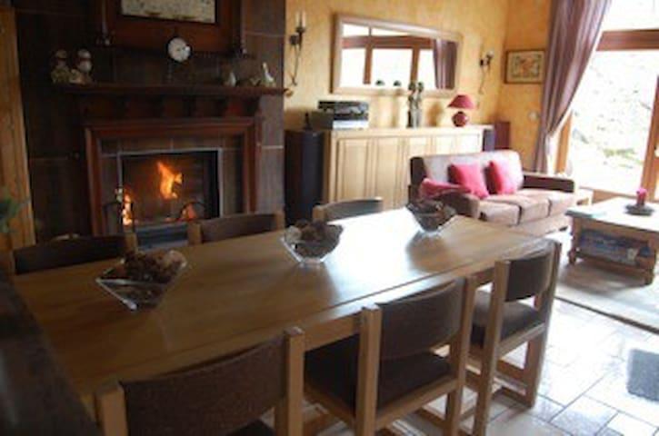 Gite l'Aksent, een huis met aksent - Tauves - Casa