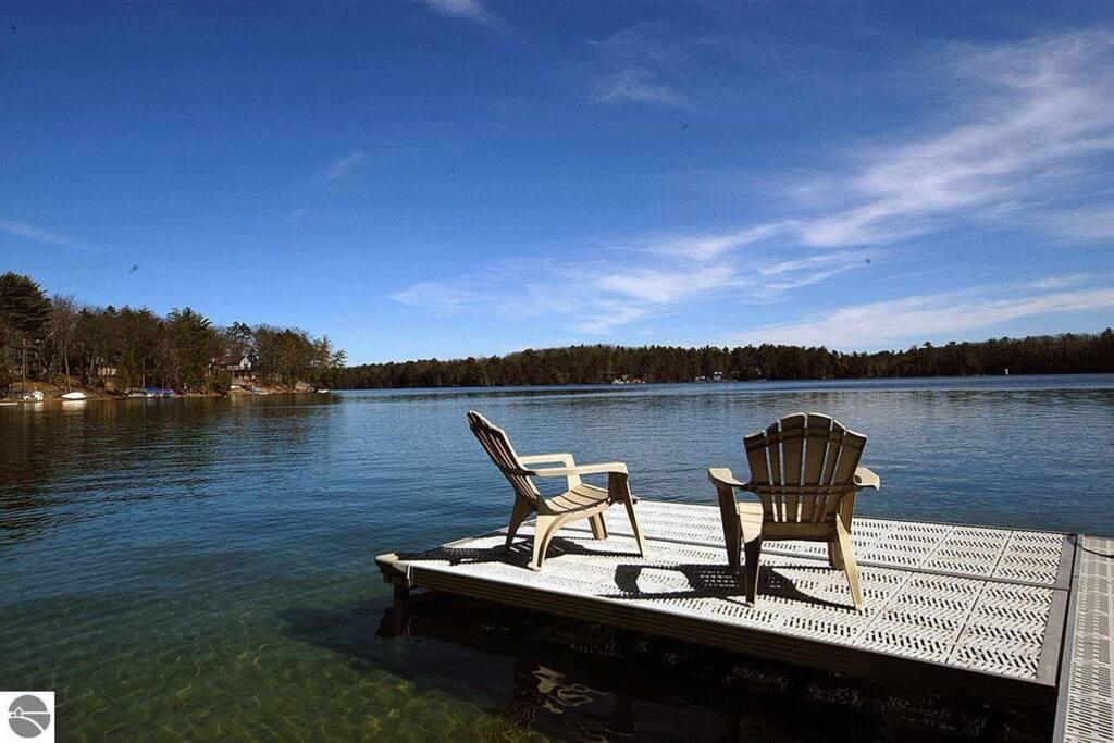 Gorgeous Spider Lake