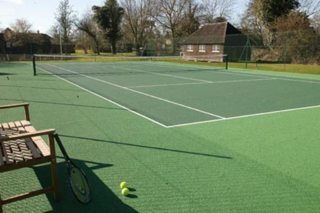 Own private tennis court