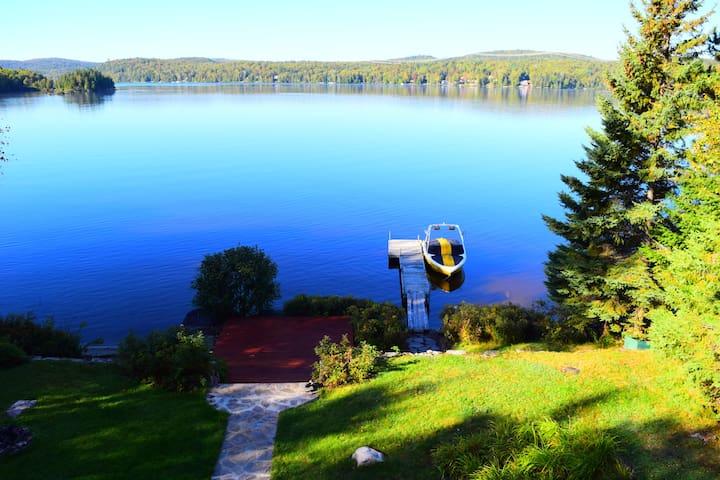 Belle maison sur le lac La Macaza - La Macaza