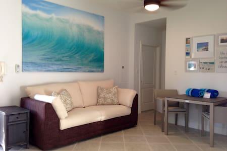 Grace Bay 1 BR Condo - Pool + Beach Access (1agg) - Providenciales - Wohnung