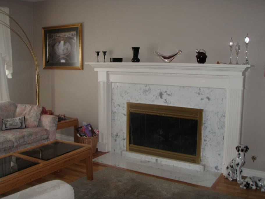 Marble Fireplace/Sitting area
