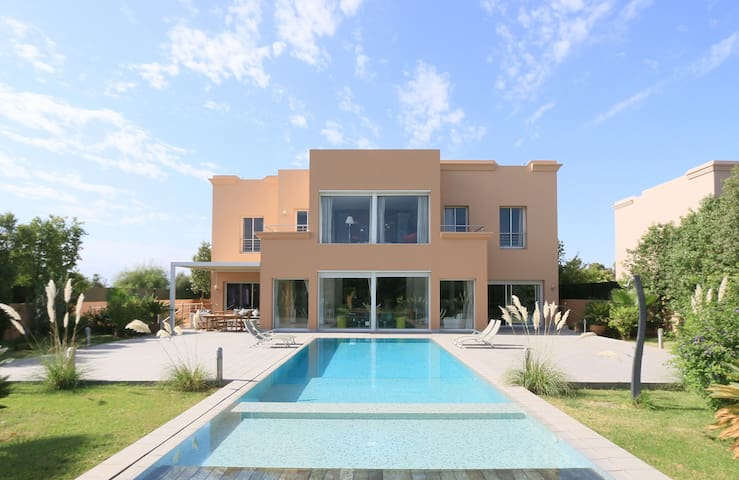 Villa dans domaine golfique - Marrakesh - Casa