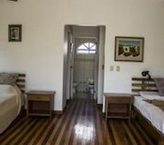 Room type: Private room Property type: Bed & Breakfast Accommodates: 9 Bedrooms: 1 Bathrooms: 4