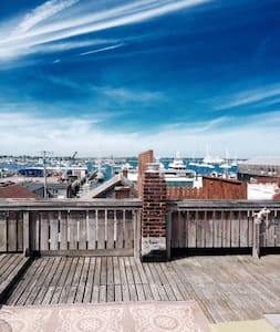 Large 1 BR with Harbor Views