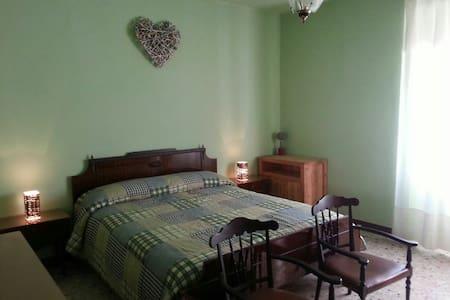 Camera matrimoniale Verde - Cosio Valtellino