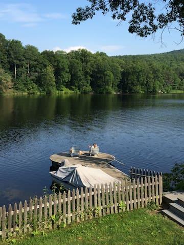 Dart Grad: River frontage sleeps 8 - 漢諾威(Hanover)
