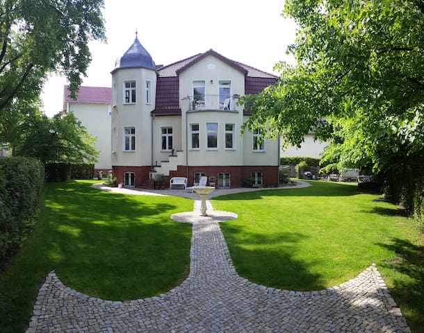 VILLA WEIGERT (Apartment 2)