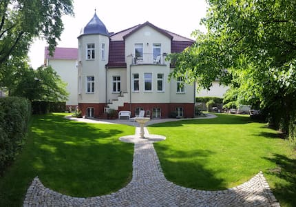 VILLA WEIGERT (Apartment 2) - Birkenwerder - 別墅