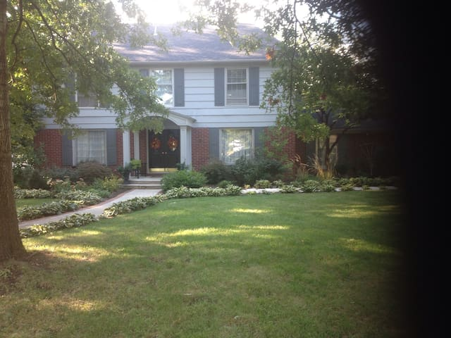 Beautiful trees lot, patio and great location with plenty of fun things to do within walking distance.