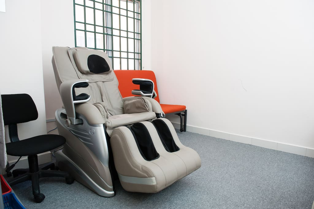 Fully-Auto Relax-Therapuetic Massage Chair