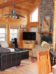 Luxury Log Cabin 5 Miles to Helen - Cleveland - Cabin