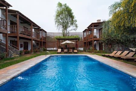 Habitación Hotel Cieneguilla - Bed & Breakfast