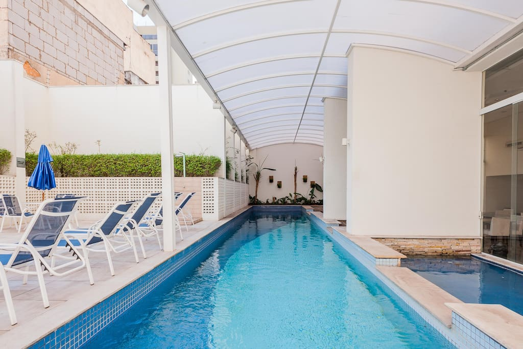 The 25m pool is climatized so you can use it even in the non that hot days