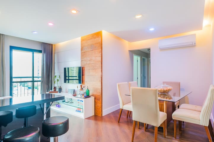 Cozy Chic and High-Tech Apartment